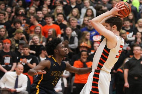 EHS Basketball a Force in Post-Season Play
