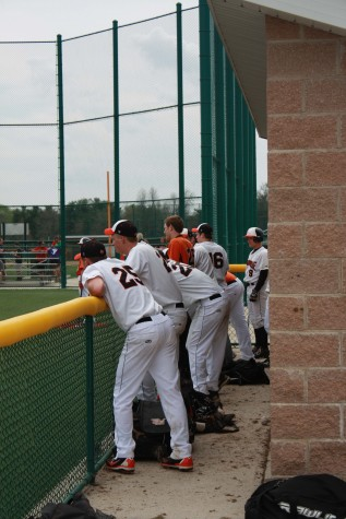 EHS Baseball Starts Out Season by Meeting the Tigers