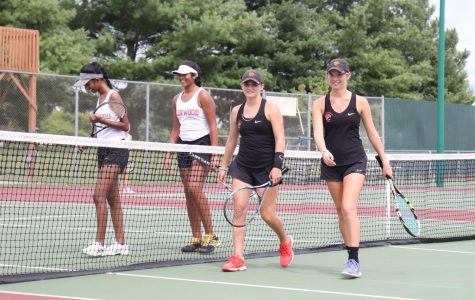 EHS Girls Tennis Loss Brings Team Together