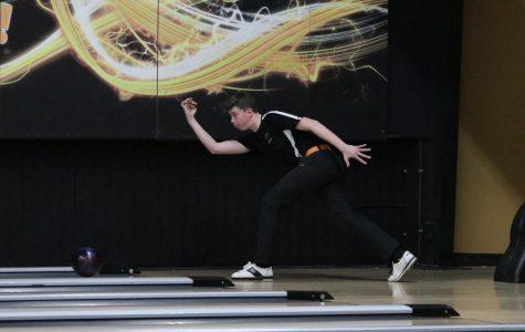 Salem Regionals Ends Season for Boys Bowling
