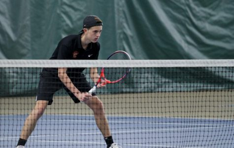 Boys Tennis Plays Despite Weather Issues