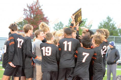 Boys Soccer Prepares to Kick Off Post Season