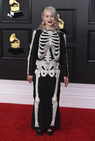 Phoebe Bridgers on the red carpet at the Grammys